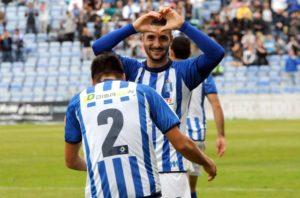 Rubén Mesa celebrando el gol. (Espínola)