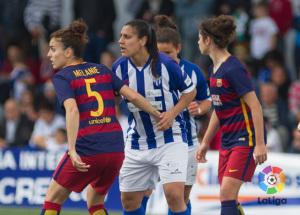 Martín Prieto ante el FC Barcelona.