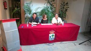 De izquierda a derecha, Antonio Martin, Charo Perira y Francisco Gonzalez