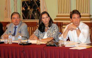 Los tres concejales de Ciudadanos en el Ayuntamiento de Huelva.