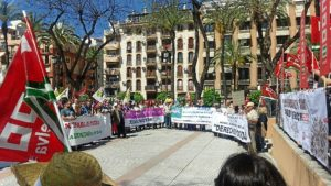 manifestacion primero de mayo en huelva (6)