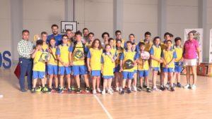 Entrega de medallas en la Clausura de las Escuelas Deportivas en Palos de La Frontera.