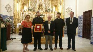 De izquierda a derecha, la Alcaldesa, el Exaltador, el Hermano Mayor del Carmen, el Parroco y el Vicepresidente del Consejo