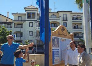 Izado de la bandera en Ayamonte.