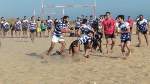 Torneo de rugby playa en Punta Umbría. (Nieves Trijueque)