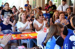 Celebración del triunfo de Carolina Marín en el Parque Moret.