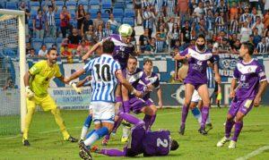 Imagen del primer partido de liga en casa, frente al Real Jaén.