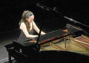 La pianista Ayako Fujiki.