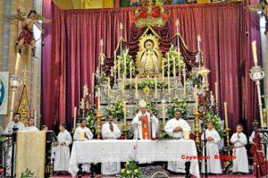 El obispo de Huelva, en la novena de Montemayor.