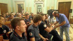 Pedro Jimenez con bomberos del Consorcio Provincial