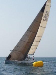 Barco del Asisa.