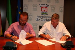 Convenio entre la AD Cartaya y el Ayuntamiento de dicha localidad.