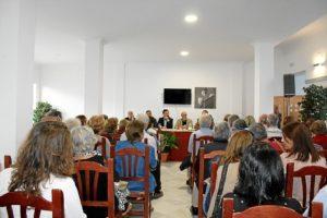 Aspecto del centro Andaluz Universal mediosl