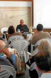 Fernando Cabrita en la presentacion de su obra.