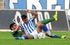 Iván Robles volvió a jugar de lateral zurdo.