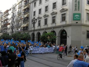 manifestacion trabajadores empresas pascual en sevilla (4)
