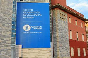 Fachada Centro de Los Rosales