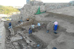 excavacion castillo aracena