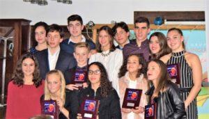 Nadadores premiados del Club Natación Huelva.