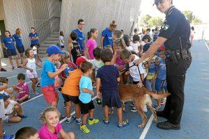 170725_3 Unidad Canina en Escuela de Verano