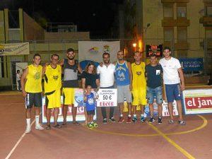 Julio Suarez en el Trofeo de Baloncesto Manuel Lopez Soler