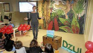 Presentacion libro DZUL 04