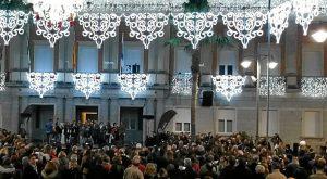 Zambomba en las puertas del Ayuntamiento de Huelva (2)