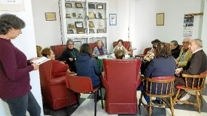 230218 taller lectura mayores 00