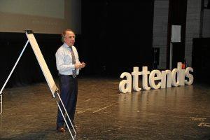 Conferencia de Emilio Duró en Huelva (4)
