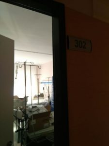 Habitación cerrada en el hospital Infanta Elena.