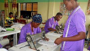 talleres costura (24)