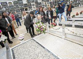 Fallece Isabel Naylor, la mujer que llevaba flores a William Martin